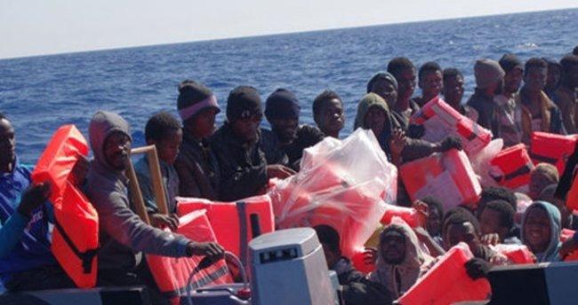Akdeniz'e botlarla açılan sığınmacılar kurtarıldı