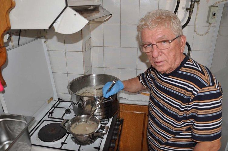 Eski işadamı şimdi sokakta çorba satıyor