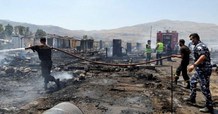 Mülteci kampında yangın! Ölenler var