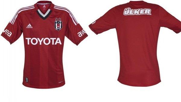 İşte Beşiktaş'ın kırmızı forması