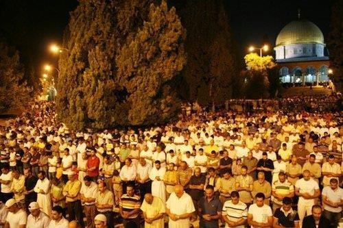 Mescid-i Aksa'da Ramazan coşkusu