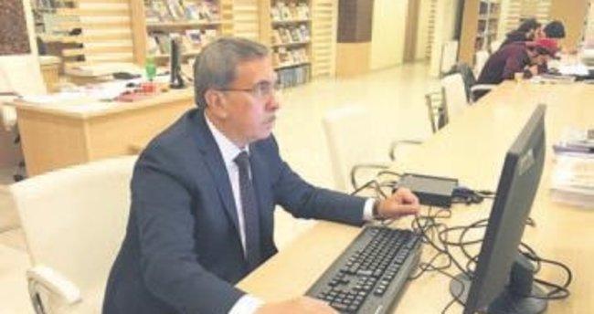Kazanılan bilgisayarlar kütüphaneye kuruldu