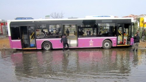 Otobüste dehşet anları