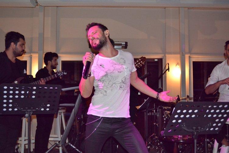 Şarkıcı Özgün o gece yaşadıklarını GÜNAYDIN'A anlattı