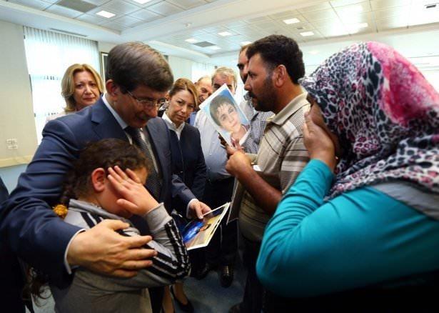 Davutoğlu çocukları kaçırılan ailelerle görüştü