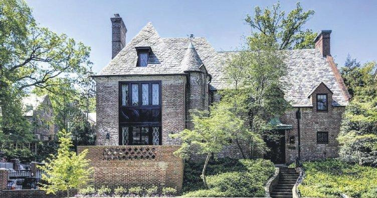 Obama kiraladığı evi 8.1 milyon $'a aldı