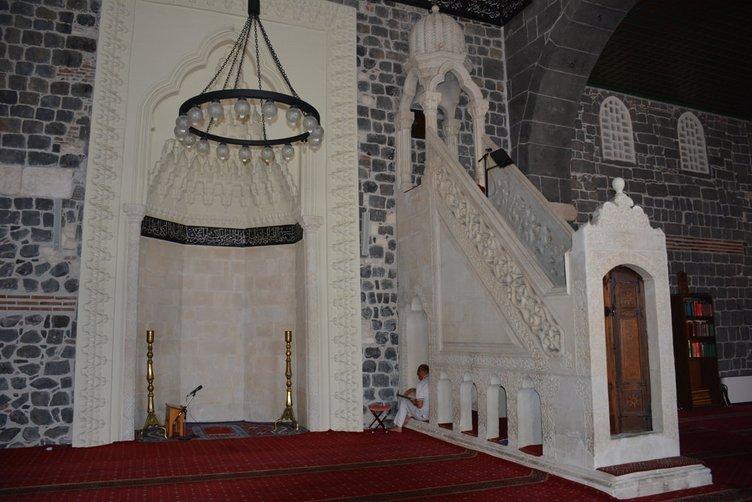 Diyarbakır'da Ulu Cami'de restorasyon çalışmaları