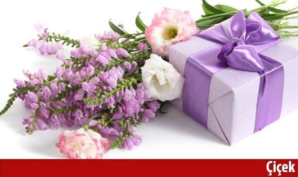Anneler Günü hediyeleri neler olabilir? İşte en özel hediye önerileri 2016