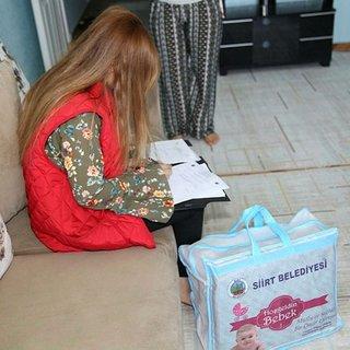 Bin 500 aileye hoş geldin bebek paketi
