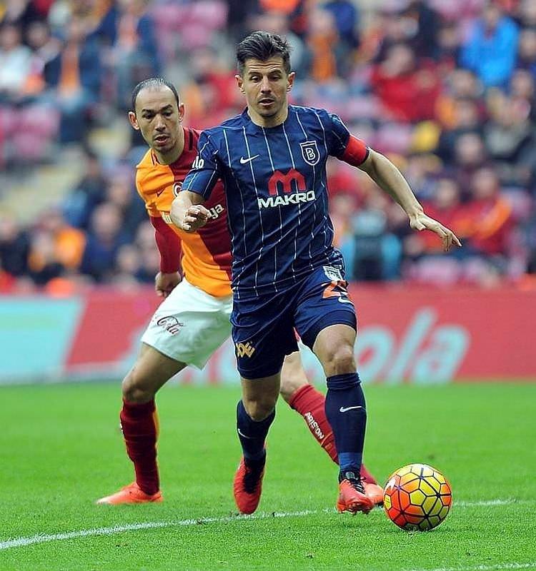 Emre Belözoğlu ocak ayında Fenerbahçe'de