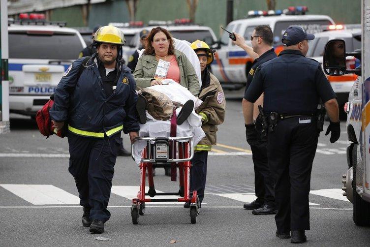 ABD'de feci tren kazası! İstasyona çarptı