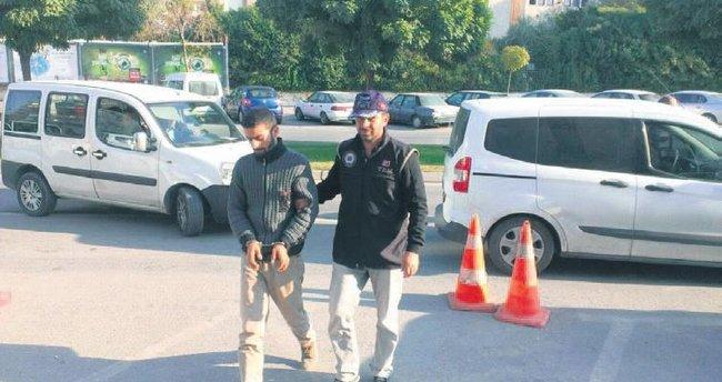 İstanbul ve İzmir'de ByLock tutuklaması