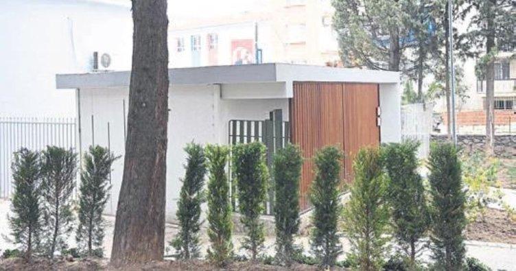 Zübeyde Hanım'ın anıt meza rına WC izni yok