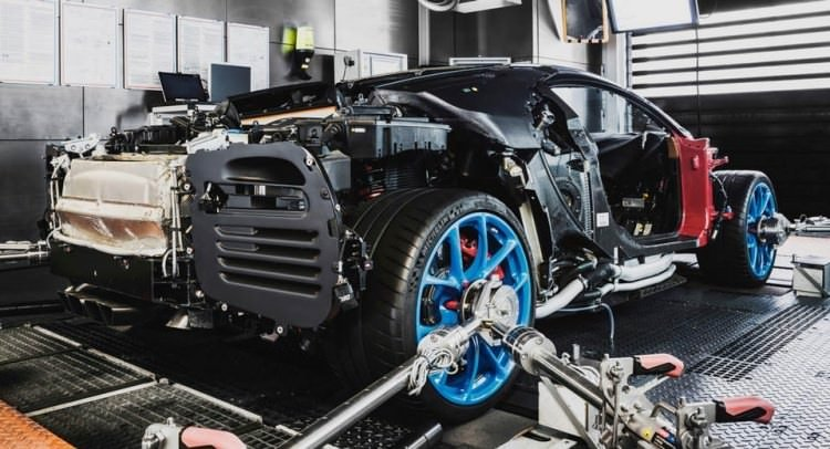 Bugatti Chiron böyle üretiliyor