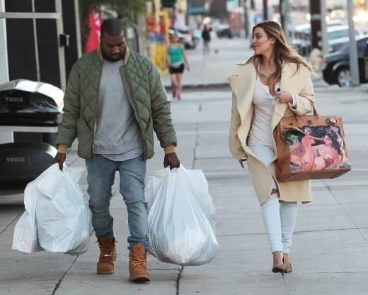 Kanye sevgilisine öyle bir hediye aldı ki