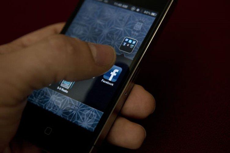 Telefondan Facebook'a girenler dikkat