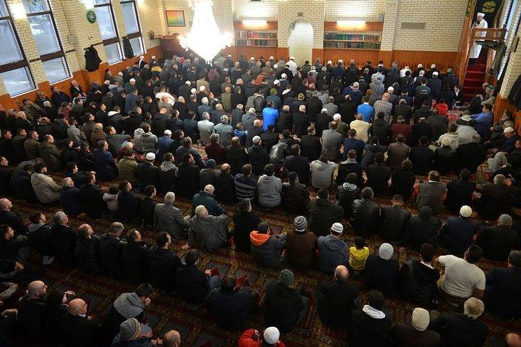 İslam dünyası Ramazan Bayramı'nı kutluyor