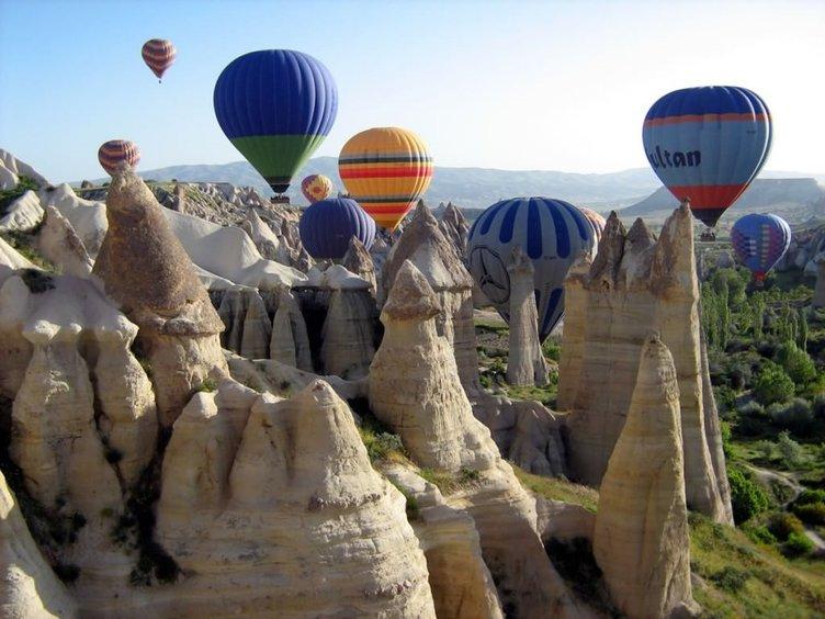Kapadokya'ya yerli ve yabancı turist ilgisi artıyor