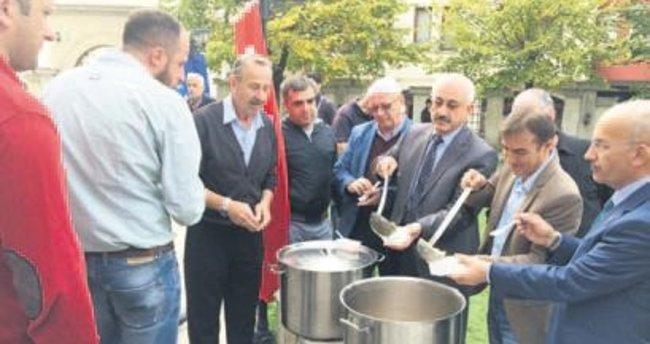 Balkanlar'da aşure şöleni