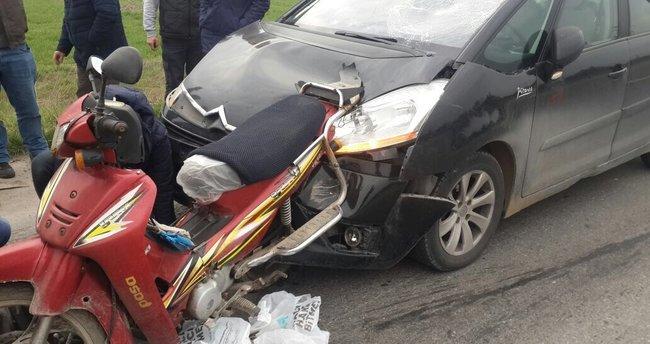 Otomobil motosikletliye arkadan çarpı: 1 yaralı!