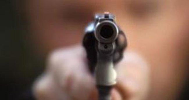 ABD'de polis siyahi bir kadını vurdu