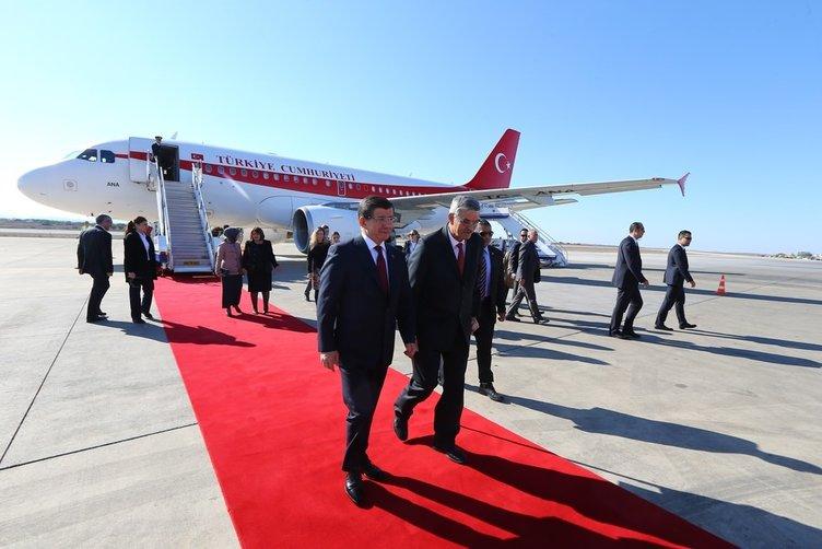 Davutoğlu'nun KKTC ziyareti