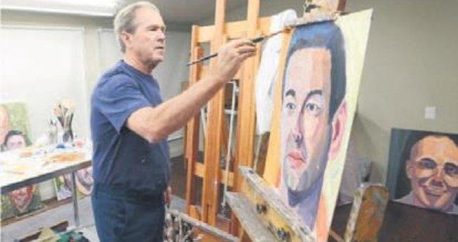 Askerlerin portresini yaptı