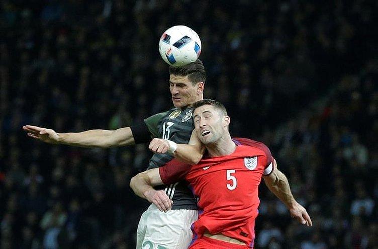Gomez attı, Alman spiker coştu