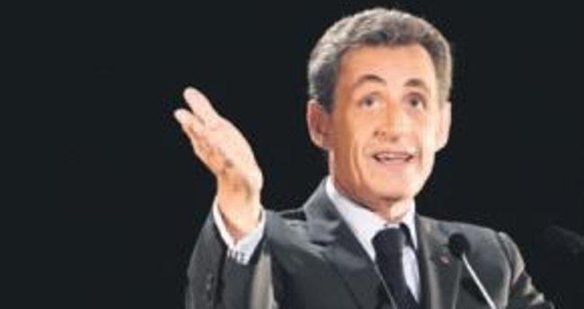 'Libya, Sarkozy'ye seçimde para verdi'