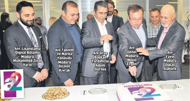 a2'nin yayın hayatına girişi pasta kesilerek kutlandı
