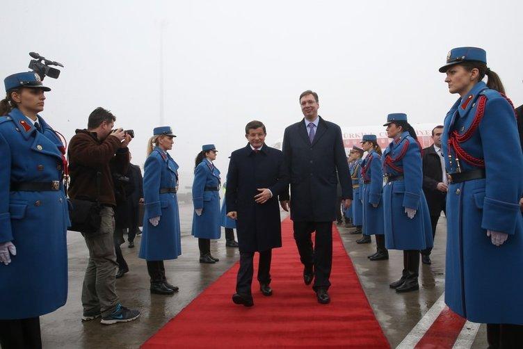 Başbakan Davutoğlu, Sırbistan'da