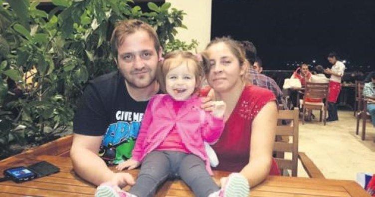 Eşini ve küçük kızını öldürüp intihar etti