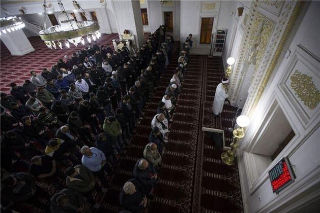 Yüksekova'da Miraç duası