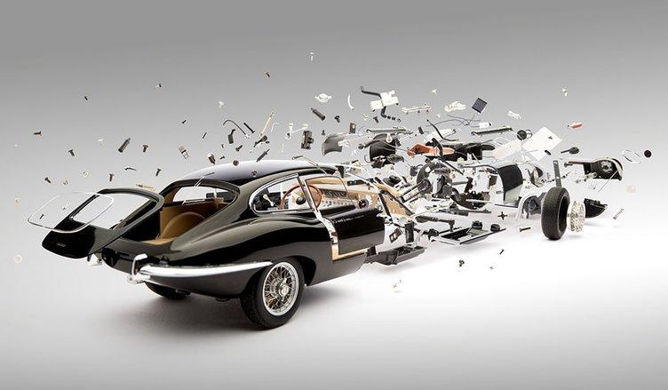 İkonik otomobillerin patlama anı