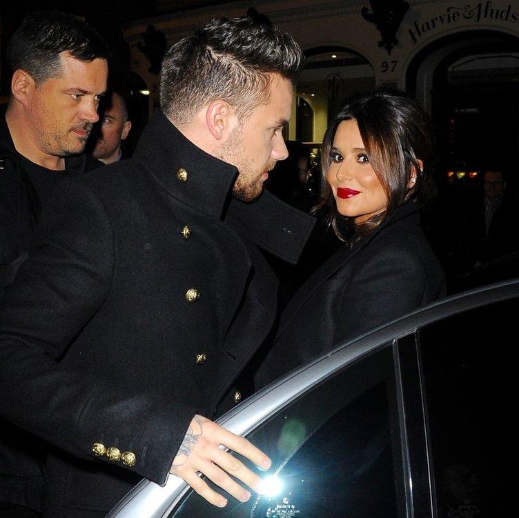 Ünlü arkıcı Cheryl ile Liam Payne'in bebeği göründü!