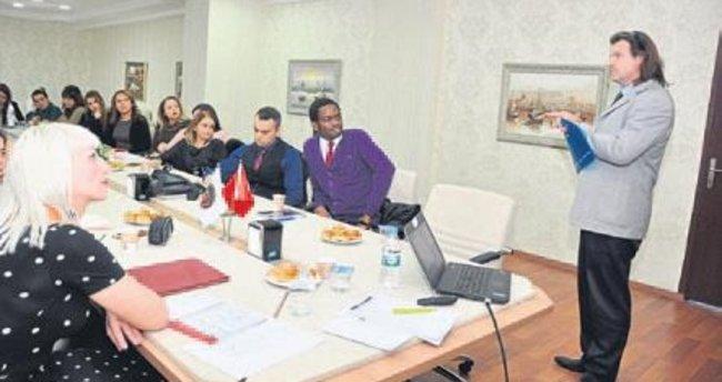 GKV'de yabancı dil çalıştayı yapıldı