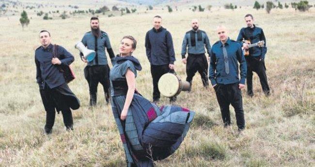 Balkan müziği sevenler buraya!