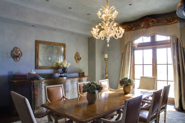 Ünlü oyuncunun muhteşem evi sonunda satıldı!