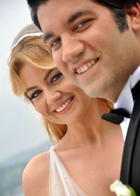 Elif Güvendik evlendi