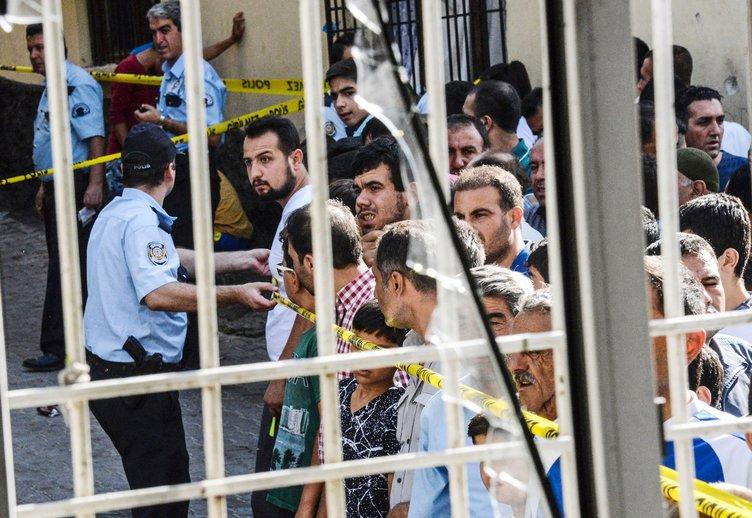 Ünlülerden Gaziantep'teki hain terör saldırısına tepkiler