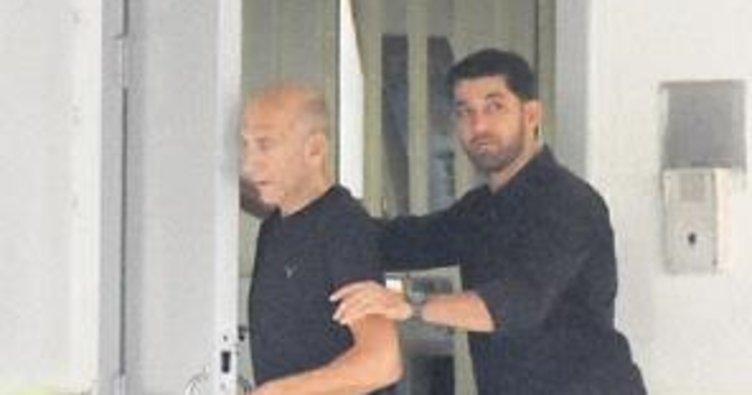 Eski İsrail Başbakanı Olmert hapisten çıktı