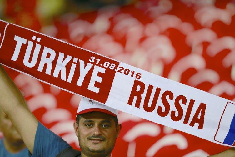 Türkiye-Rusya karşılaşmasından renkli kareler