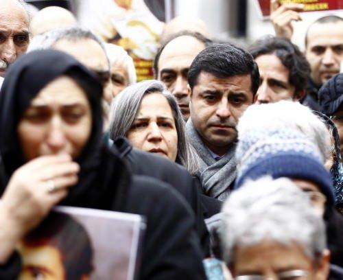 Berfo Ana'ya Galatasaray Meydanı'nda veda
