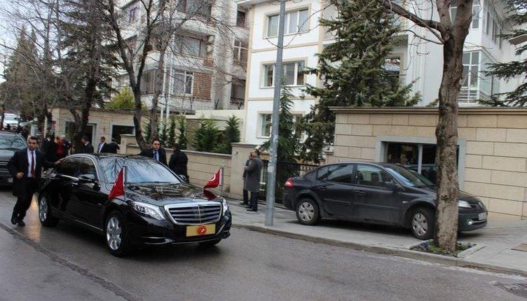 Cumhurbaşkanları Güniz Sokak'ta buluştu
