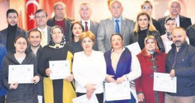 Başarılı girişimcilere sertifikaları verildi