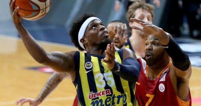 Fenerbahçe dev seriyi devam ettirdi