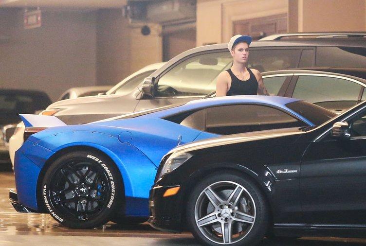 Justin Bieber, Ferrari'sini kaybetti