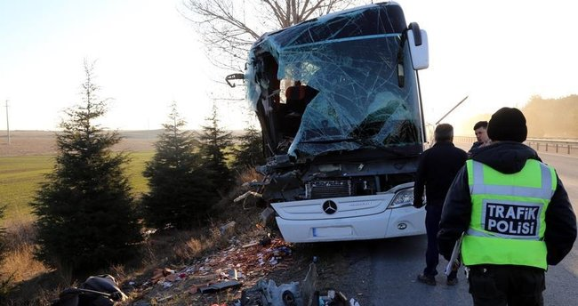 Eskişehir'de trafik kazası: 13 yaralı