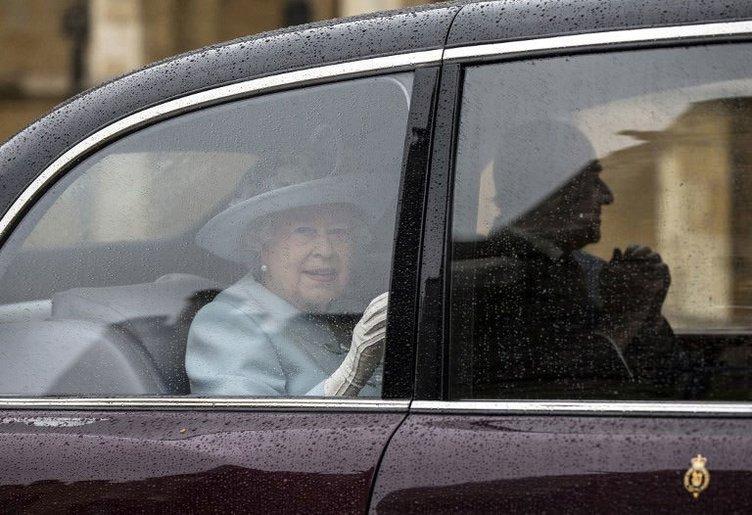 Kraliçe Elizabeth 88 yaşında