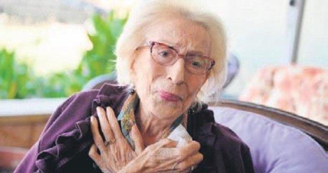 Tiyatrocu Gönül Ülkü Özcan hayatını kaybetti